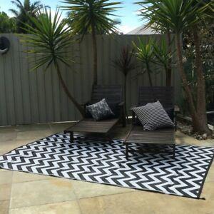 200x270cm Outdoor/Indoor SPARTA Black and White Plastic Rug Waterproof