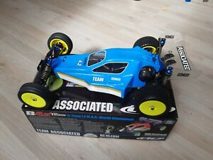 Associated RC10 b4.2 Team Centro mid motor Truck chassis.