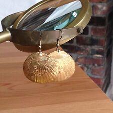 Brass Hammered Shell Shape Pierced Earrings Bird - Fan - Bamboo