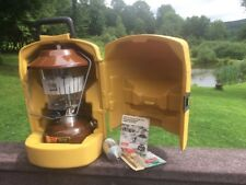 Vintage 1979 COLEMAN 275 BROWN LANTERN w/ Clamshell Hard Case & No.0 Funnel