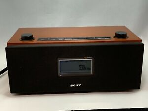 Sony XDR-S3HD AM FM Digital HD Radio *For Parts* Powers On Buttons Not Working