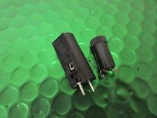 Sostenedor del fusible, Vertical 5x20mm PCB DFH06 Kit de 2 Piezas. Bussman artículo de calidad
