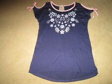Jenna & Jessie girl's top-sz 8-made in U S A-navy cold shoulders-floral on front