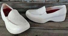 Skechers Womens Work Shoes Loafers Slip Resistant White 10 Nurse RARE Leather