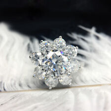 Engagement Ring Flower Sytle 14k Gold 7.5mm 1.5ct Round Brilliant Cut Moissanite
