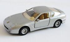 Coche miniatura metal Ferrari 456GT Gris Metalizado escala 1/39 de Maisto
