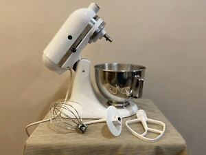 KITCHENAID CLASSIC STAND MIXER Model K45SS WHITE WITH ACCESSORIES MADE IN USA