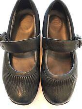 Dansko Professional Clog Women size 41/10.5-11 M Black Leather Adjustable Strap