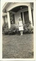 1920's 30's Young Woman FOUND PHOTO bw FREE SHIPPING Original Portrait 911 8 I