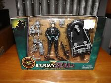 "U.S. NAVY SEALS 3.75"" FIGURE WITH RECON RAFT AND ACCESSORIES, NIB, LICENSED"