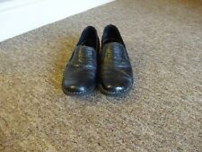 boxed ladies size 7 D black slip on Clarks shoes worn twice 1.5cm heel height