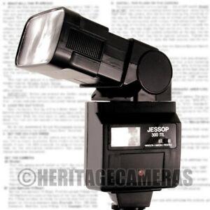 Powerful Bounce Swivel Zoom Twin Flash for Pentax Film DSLR & Minolta Nikon 35mm