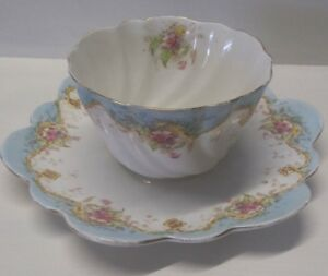 BLUE AND WHITE SWIRL CERAMIC BOWL AND PLATE SET.              A9