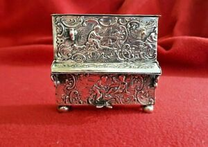Antique 800 Silver PEPPERMINT- SNUFF BOX Piano shape Germany 1880 Piece Unique