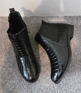 Black Patent Croc Efeect Flat Chelsea Ankle Boots Size UK 5 EU 38