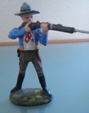 COW BOY soldat ancien en  composition ELASTOLIN debout tirant au fusil