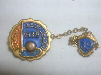 Vintage Pin 1939 World's Fair New York 2 Pins With Chain