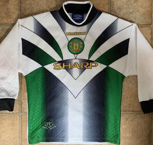 *Original and Retro* Manchester United Goalkeeper Shirt 3rd - 1996/97