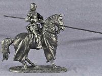 Zinnfigur. Equestrian knight Miniature figurine of a RIDER. 6011Az. 1/32, 54mm.