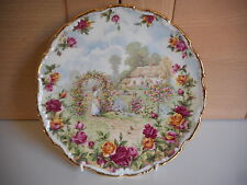 ROYAL ALBERT OLD COUNTRY ROSES 25TH ANNIVERSARY WALL PLATE 1986