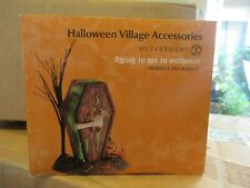 dept 56 halloween dying to get in outhouse 4024037 Euc in orig box