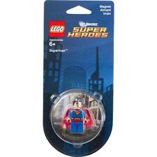 Lego Superman DC Universe Super Heroes 850670 (Minifigura con imán). En blíster.