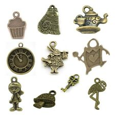 20 x Antique Bronze Mixed HOMOLOGUE breloques Alice in Wonderland Steam Punk