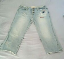 Fox Women's Faded Blue Denim Mid Rise Capri Jeans Size 10/ 34x21 used