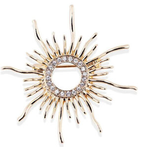 Celestial Sun with Clear Crystals Vintage Gold Pin Brooch D-6707