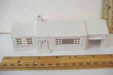 ~MARX~WHITE PLASTIC RANCH STYLE HOUSE~
