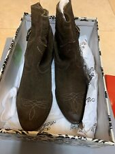 Naughty Monkey Zoey Brown Suede Short Boots  Women's Size 6.5 New Without Box