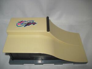 Rampe JUMPING ZERO Wakeboard Fingerboard BMX Doppelrampe / Länge: 20 cm Miniatur