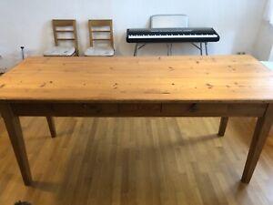 Alter Esstisch/Wirtshaustisch 82cm x 200 cm, mit 2 Schubladen