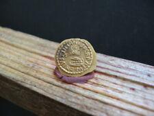 JUSTINIAN I 527-565 AD GOLD Av TREMISSIS 1,35 gr. ROMA INVICTA Lombards in Italy
