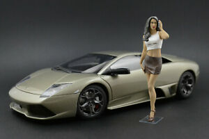 Paula Posing Girl Figure for 1:18 Almost Real Mercedes-Benz Maybach S-Class GT-R