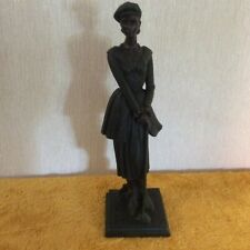 "Vintage Resin Figure of A Lady Golfer, 14"" Tall (260)"