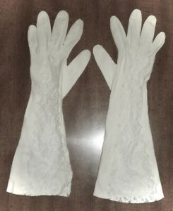 VINTAGE OFF-WHITE FOREARM GLOVES w/SHEER LACE INSET - LADIES FIT M/L