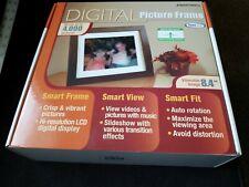 "Smartparts Digital Picture Frame & Speaker 8.4"" 3000 Pictures 1 GB Wood NEW NIB"