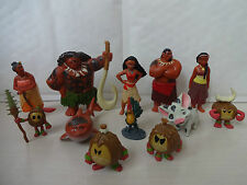 DISNEYS MOANA CAKE TOPPERS 12 PLASTIC FIGURES BRAND NEW + FREE GIFT.  FREE P+P