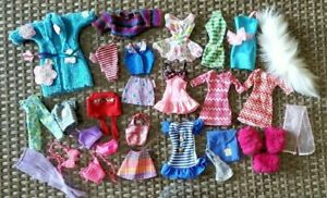 BARBIE CLOTHING LOT OF 23+ ITEMS DRESSES PANTS BLOUSE SKIRTS GOOD CONDITION