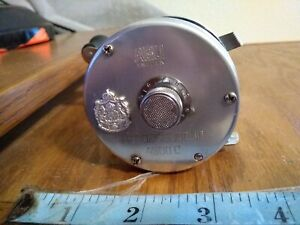 Vintage Abu Garcia 4500C FISHING REEL