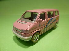 WELLY 9650 VW VOLKSWAGEN T4 BUS - STAR - PINK 1:50? - GOOD CONDITION
