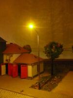 10Stk. Straßen- / Peitschenlampen, für Spur N, h= 5 bis 7,5cm, incl. Vorwiderst.