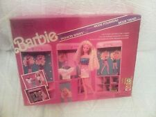 BARBIE 1990 FASHION WRAPS SHOP SET MATTEL #9918