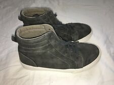 Boys Girls Old Navy High Top Sneakers Casual Shoes Size 4 Gray Faux Suede