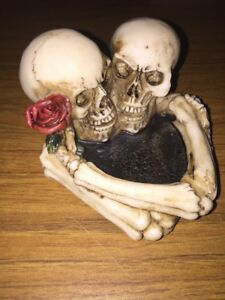 Til Death Do Us Part Ashtray Skull & Bones Solid Resin Ivory Guardians of Galaxy