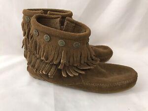 Minnetonka Fringed Boots Side Zip Sz 7 Moccasin 692 Women's Shoes Whiskey