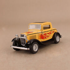 1932 Ford 3-Window Coupe Yellow Hot Rod Flames 1:34 12.5cm DieCast PullBack OLP