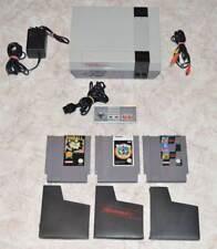 Nintendo NES + Controller + Zubehörpaket + 5 Spiele MARIO / TETRIS / TINY TOON
