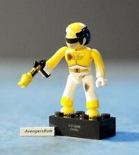 Mega Bloks Power Rangers MegaForce Series 1 Yellow Battle Damaged Ranger